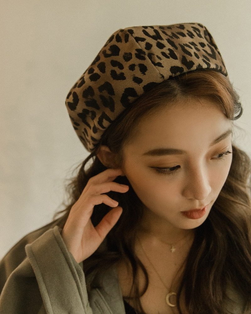 MERCCI22秋氛豹紋貝蕾帽