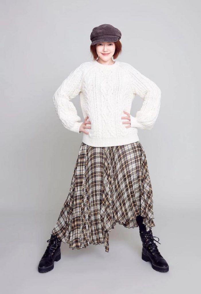 寬鬆毛衣雪紡紗裙