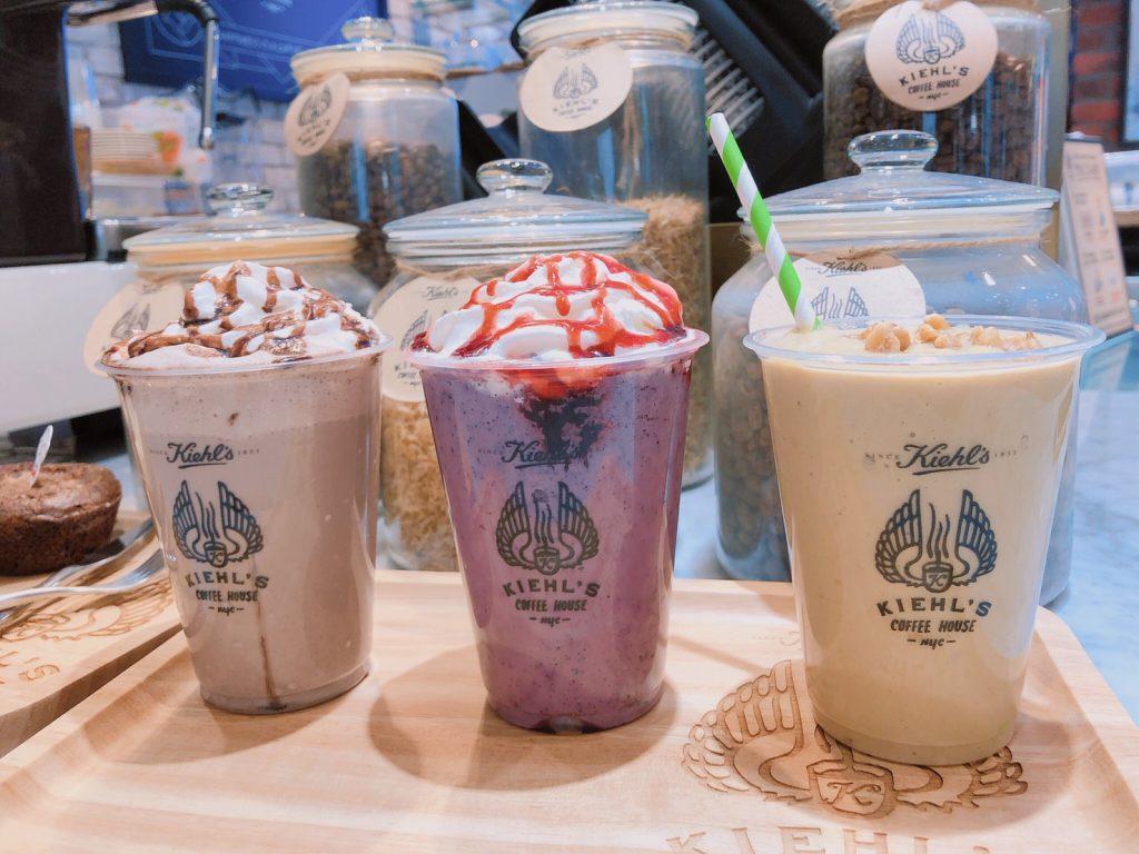 KIEHL'S OREO巧克力奶昔、綜合野莓奶昔 、酪梨布丁奶昔 各NT$140 / 12oz