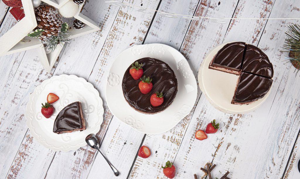 BAC 黑嘉侖草莓巧克力蛋糕 6吋 / NT$950