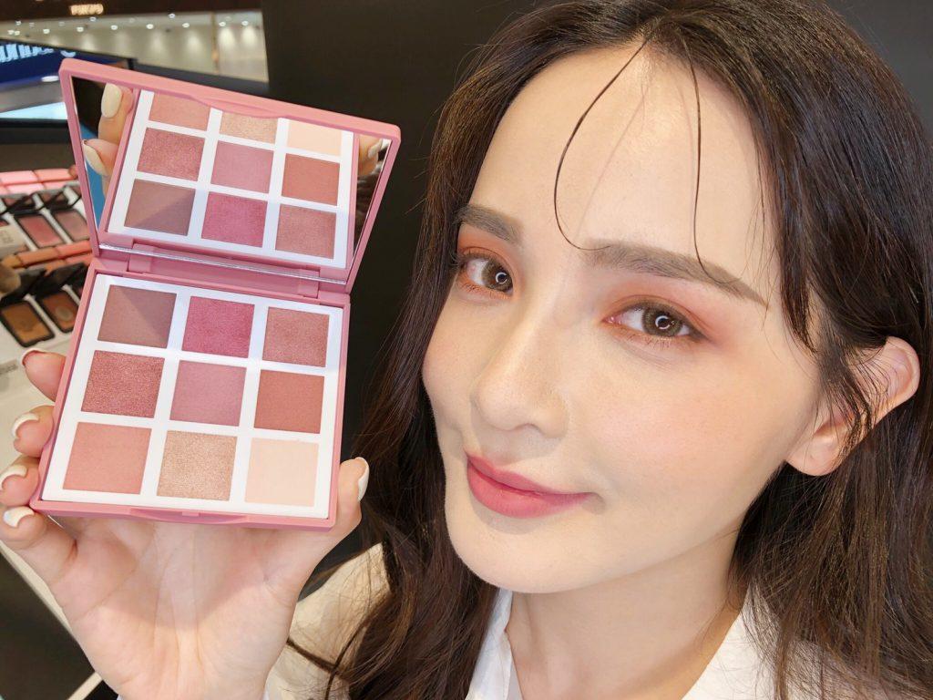 3INA 光影PLAY特調眼彩盤「#Cherry 鮮榨櫻桃泡泡」NT$1,150