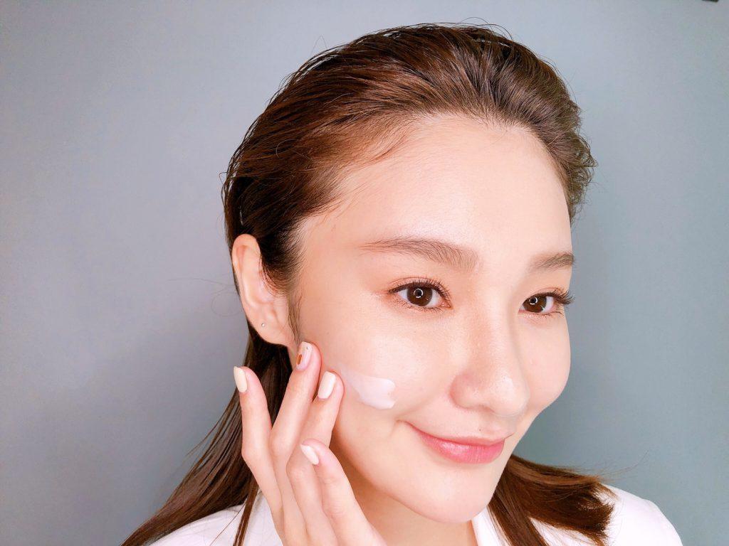 HR赫蓮娜 白繃帶修護乳霜 50ml/NT$12,000
