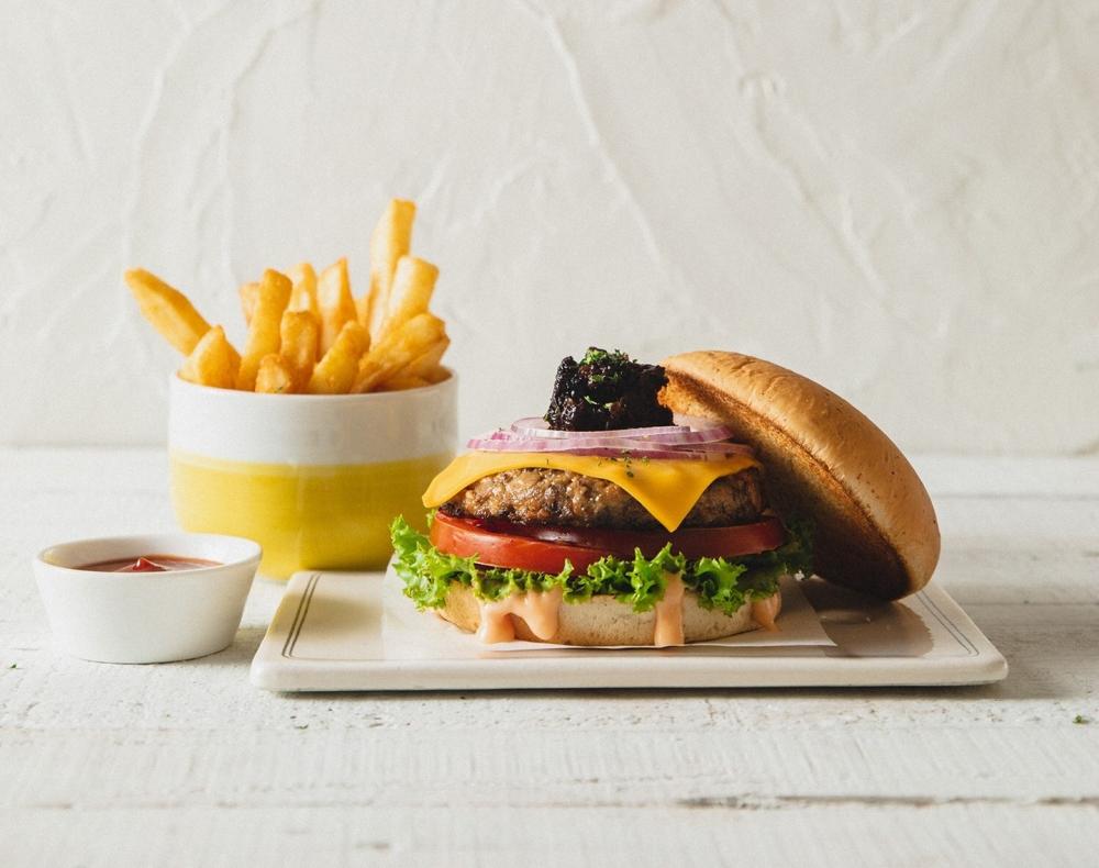 未來肉起司蔬菜堡 (健康素) 蔬食推薦 300 元(另收 10%服務費)