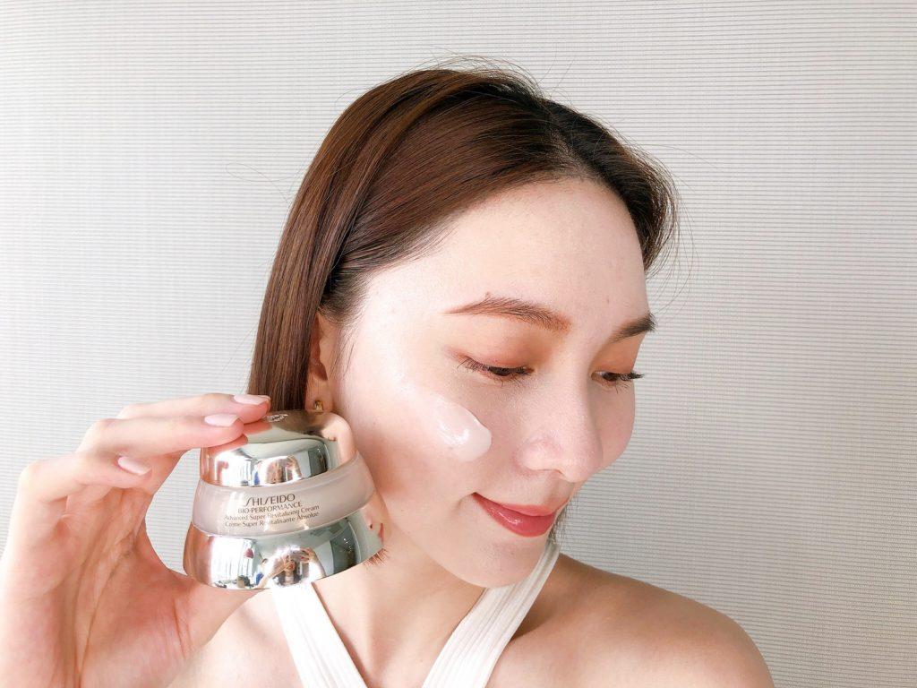 資生堂百優精純乳霜 50ml/NT$2,600(圖/FG編輯拍攝)
