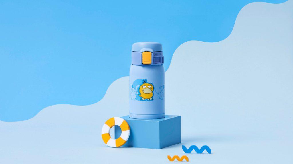 藍色瓶身可達鴨則以招牌色黃色按鈕來呈現。
