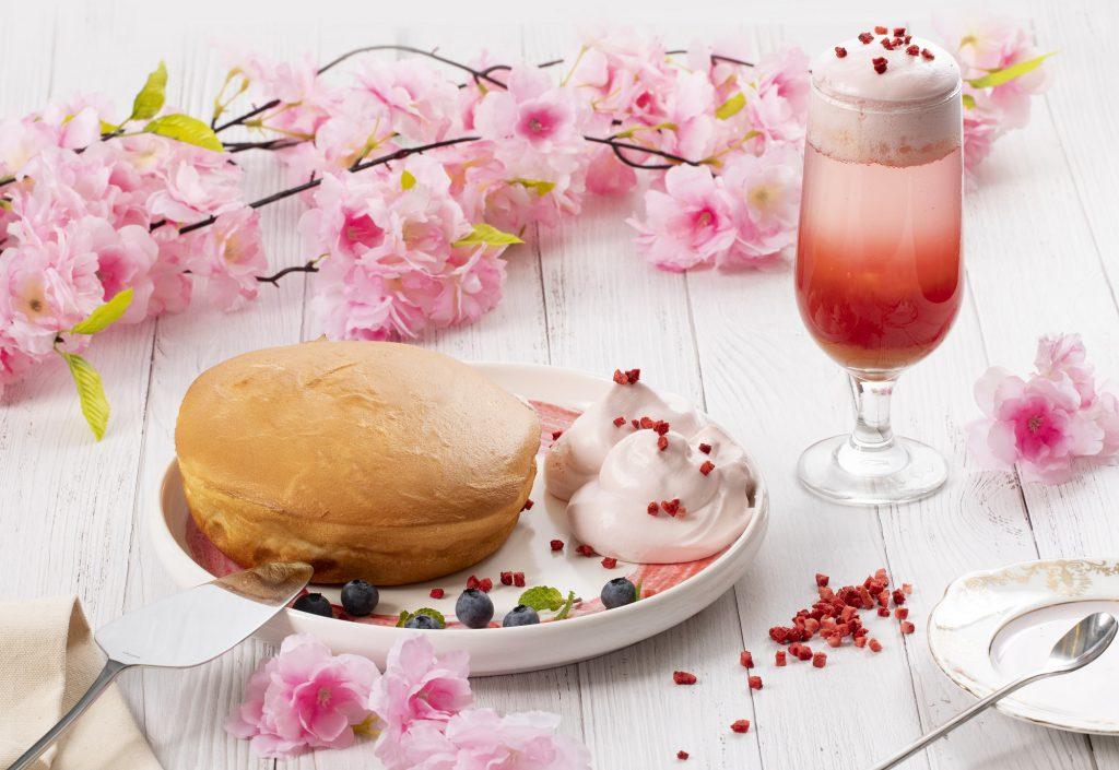 「花季春色瓦帕鬆餅」 NT$380、 「春浪漫水果啵啵」 NT$150 ( 3/1~5/9期間限定)