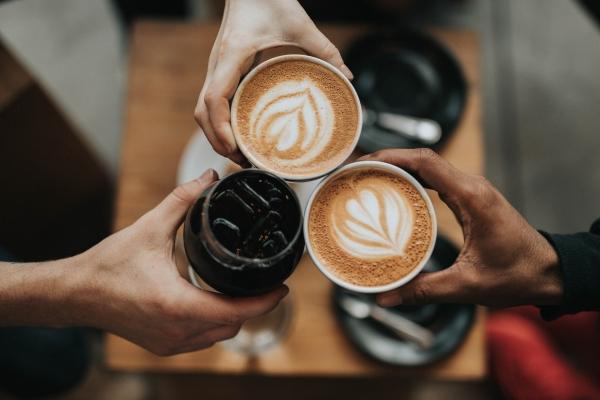打完疫苗後可以喝咖啡嗎?